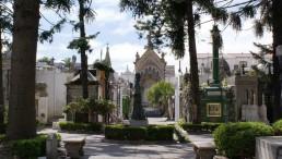 Hotel Arenales - Cementerio Recoleta